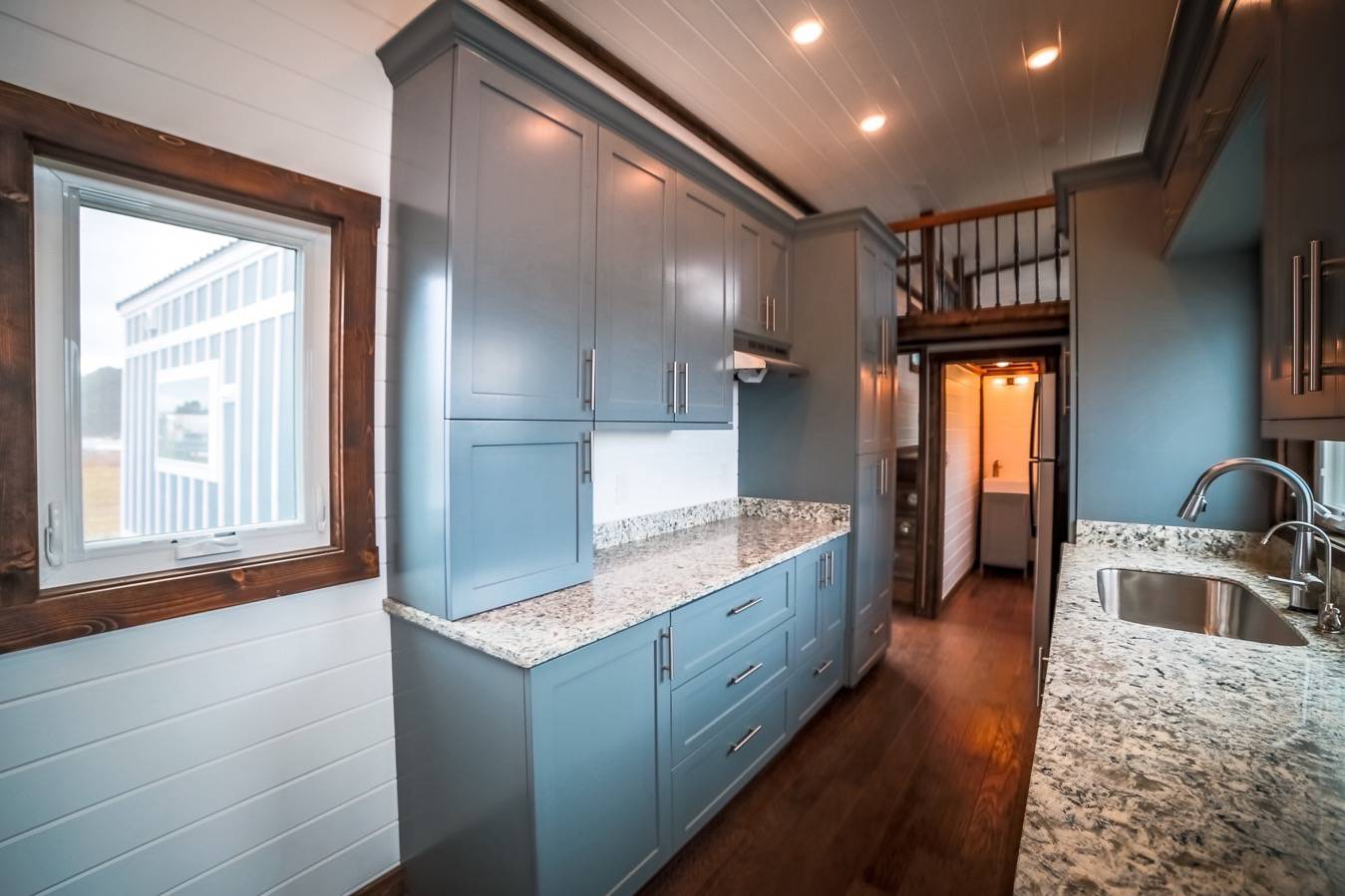 Chattanooga Tennessee RVIA Certified Custom Tiny House Builder